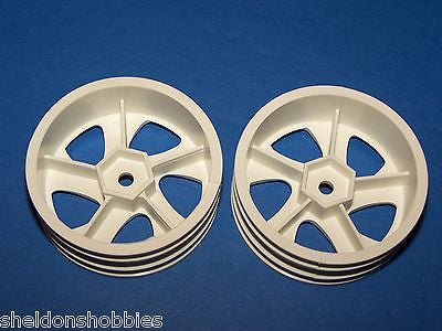 PRO-LINE (STANDARD SEDAN) TYPHOON SUPER NARROW WHEEL (WHITE) #2624W