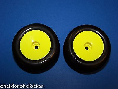 TEAM LOSI MINI-T FRONT WHEELS (YELLOW) & TIRES (PRE-GLUED) PAIR #LOSB1076