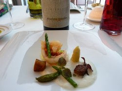 Lobster and asparagus with Anselmo Mendes Curtimenta