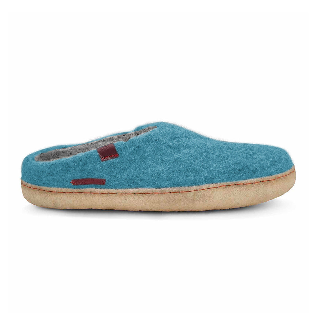 Classic Slipper - Light Blue with Rubber