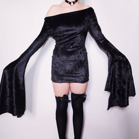 BELLA BLACK VELVET WITCH DRESS