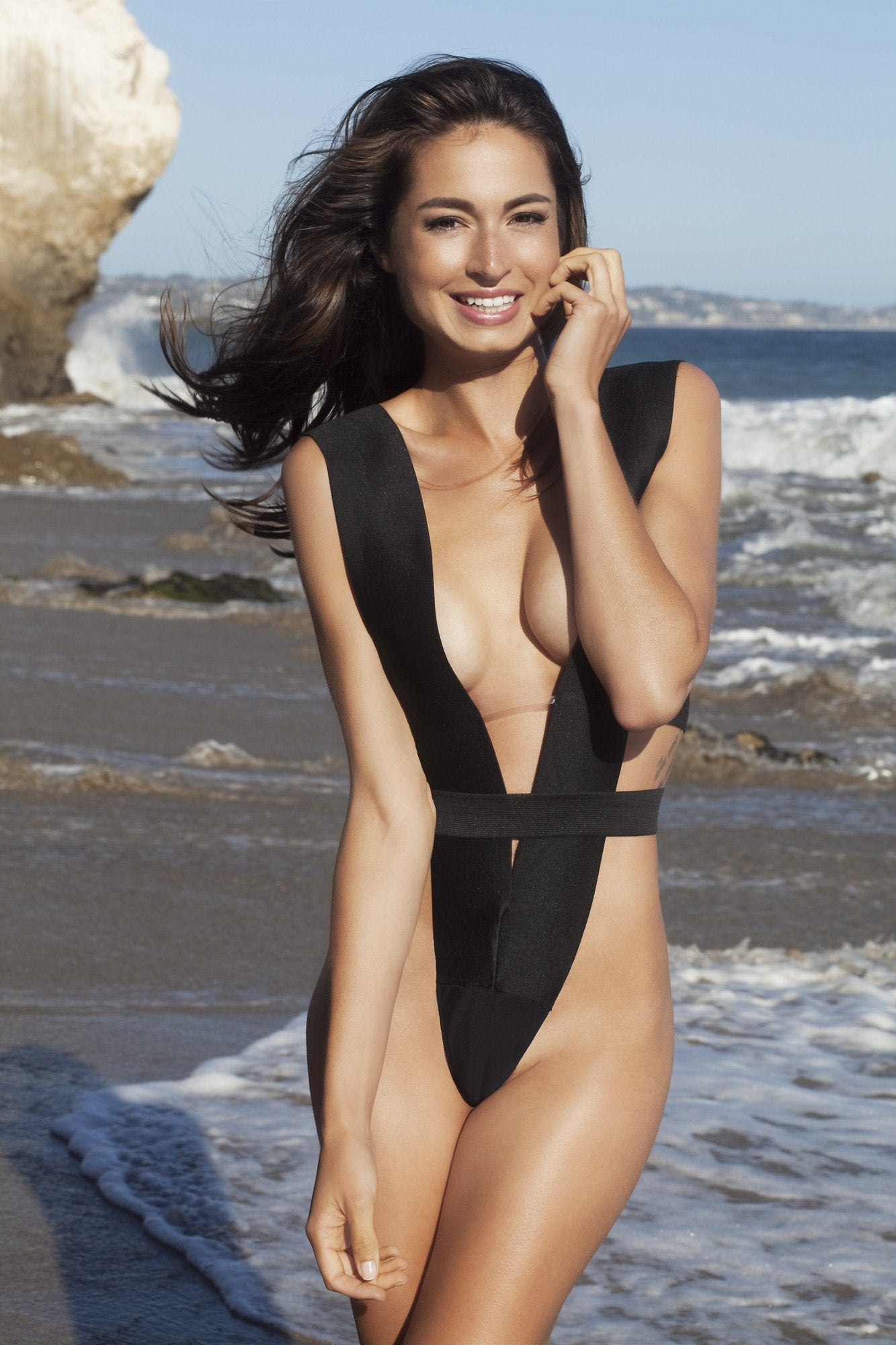 A Style. Bandage V-shape swimsuit suit, one piece - LILYSH