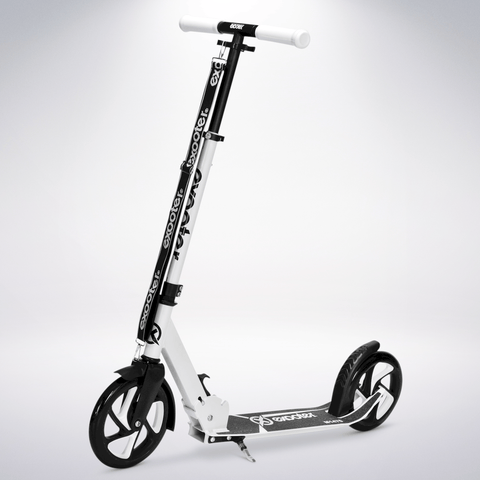 EXOOTER M1475WT 5XL Teen Kick Scooter With 200mm Wheels In White Finish.