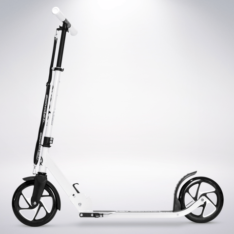 EXOOTER M1475WT 5XL Teen Kick Scooter With 200mm Wheels In White.