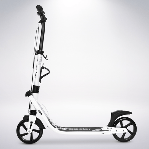 EXOOTER M2050WB 9XL Adult Cruiser Kick Scooter With Dual Suspension Shocks And 200mm Black Wheels In White Finish.
