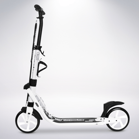 EXOOTER M2050WW 9XL Adult Cruiser Scooter With Dual Suspension Shocks And 200mm Wheels In White.