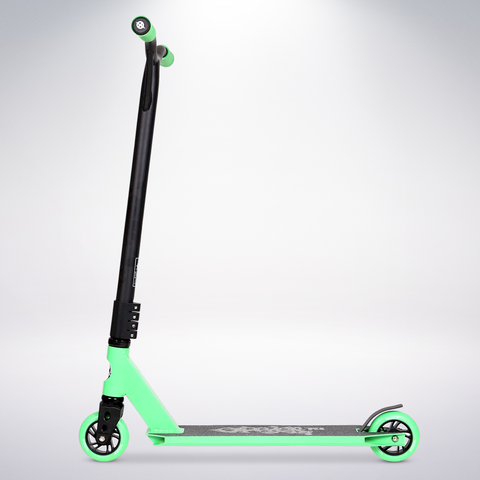 EXOOTER T3GN Trick Scooter With 110mm Aluminum Core Wheels In Green.