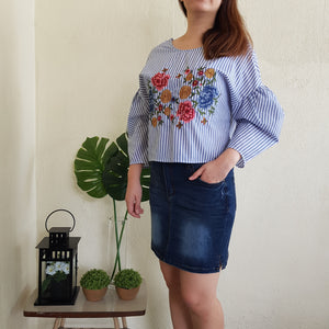 PRUE EMBROIDERY TOP (BLUE)