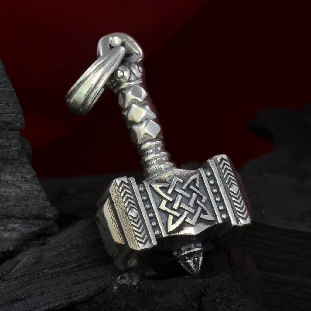 gold jewelry pewter men for norse mjolnir s stainless hammer necklace necklaces magick alloy fashion the in chain steel thor world pendant item dark from color skull