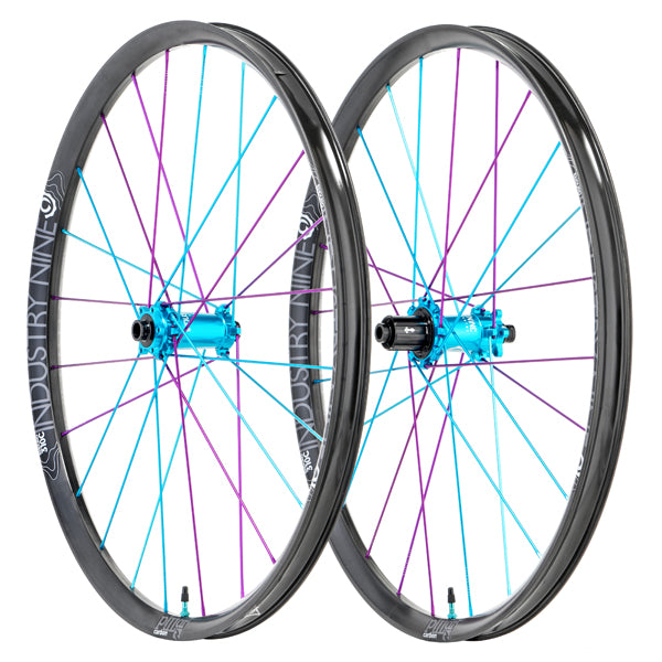 Enduro 315 Carbon- Hydra Wheelset (SuperBOOST)