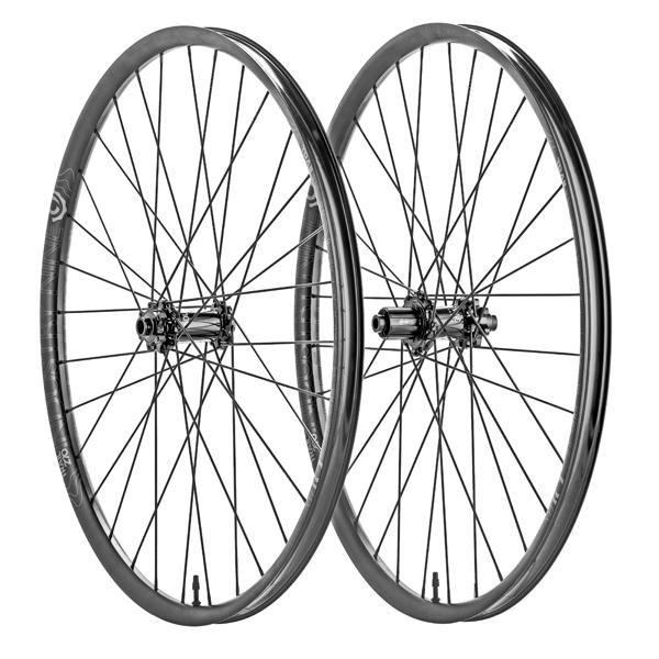 Trail 270-Hydra Wheelset (SuperBOOST)