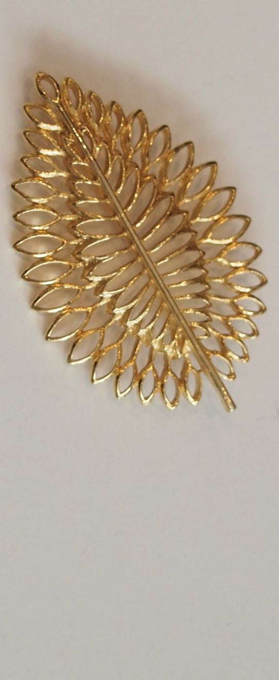 Leaf Me Beautiful Vintage Brooch