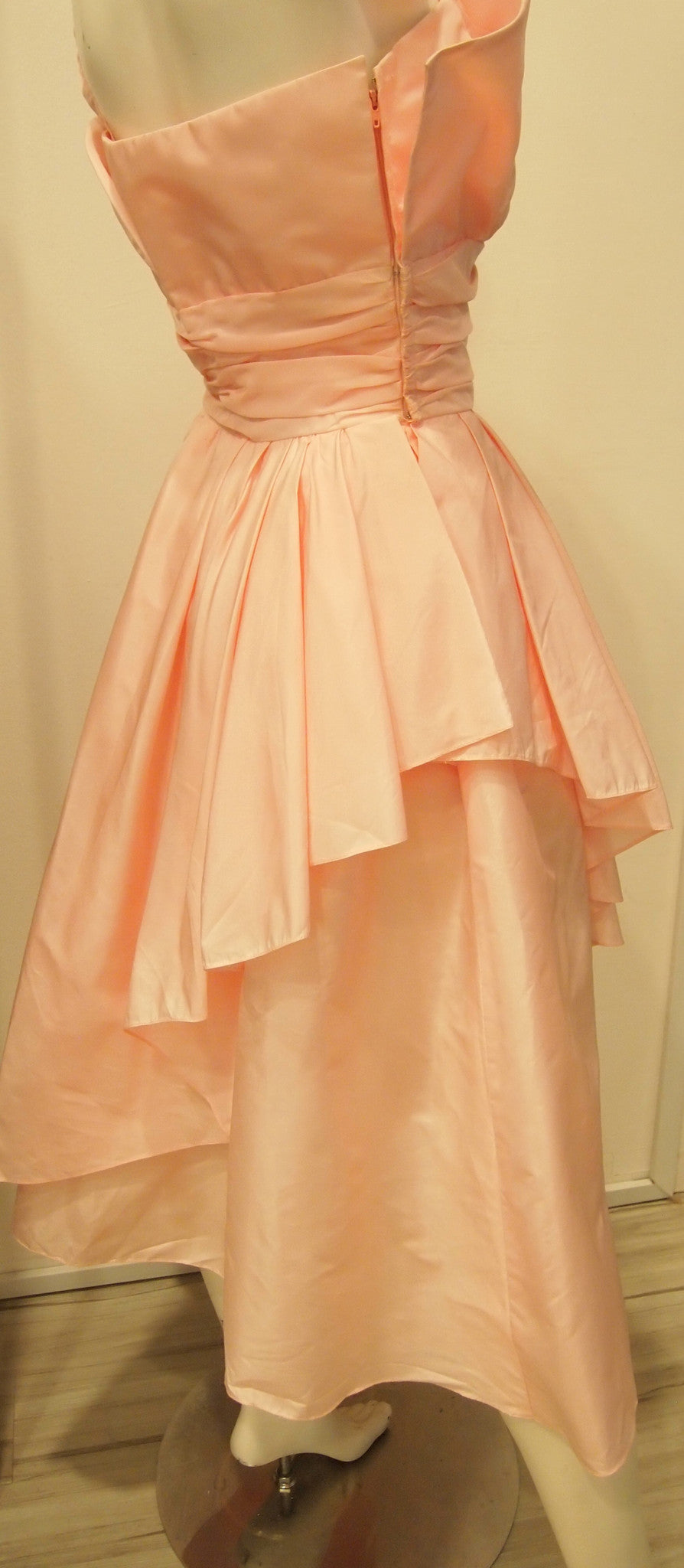 Vintage Victor Costa Dare Devil Baby Pink Taffetta Tiered Cocktail Dress