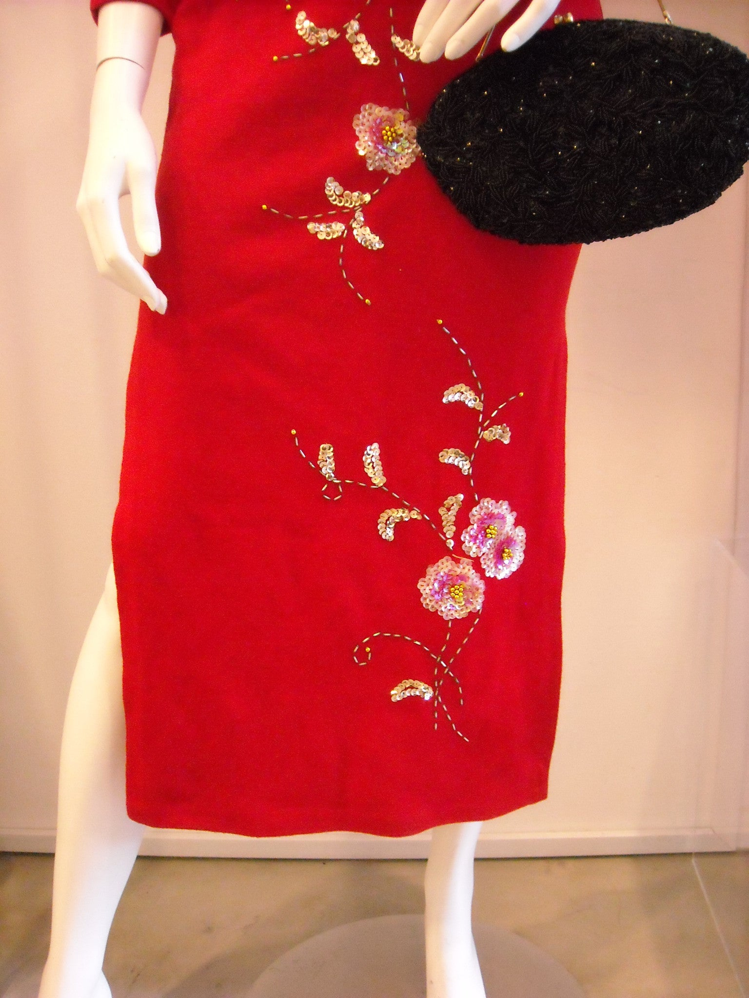 Gorgeous Vintage Crimson Red Sequinned Cheongsam Dress