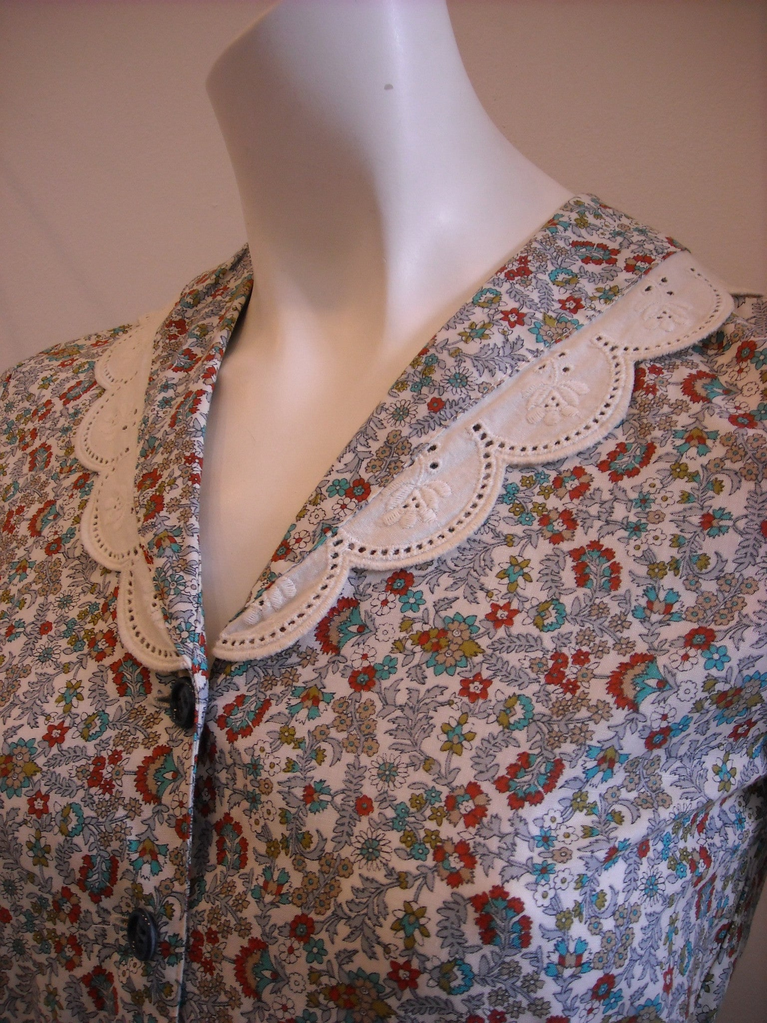 Deer Me! Vintage Dress with Doily Collar