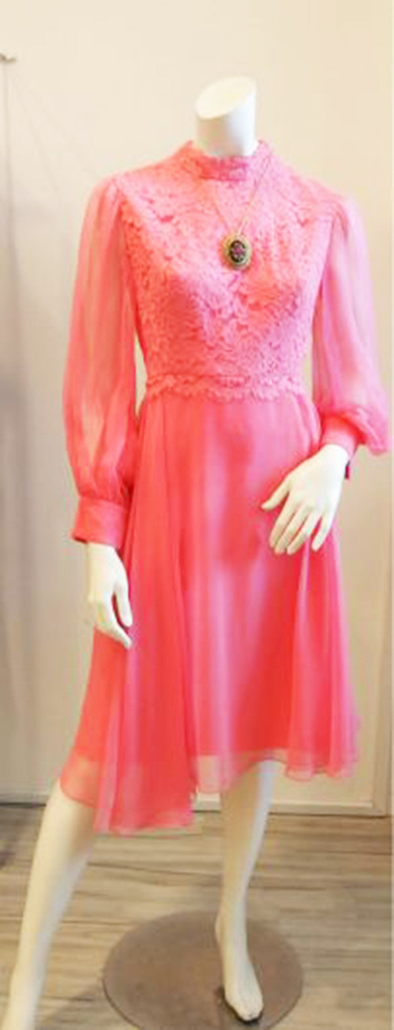 In the Mood for Mod 60s Pink Lace Dress