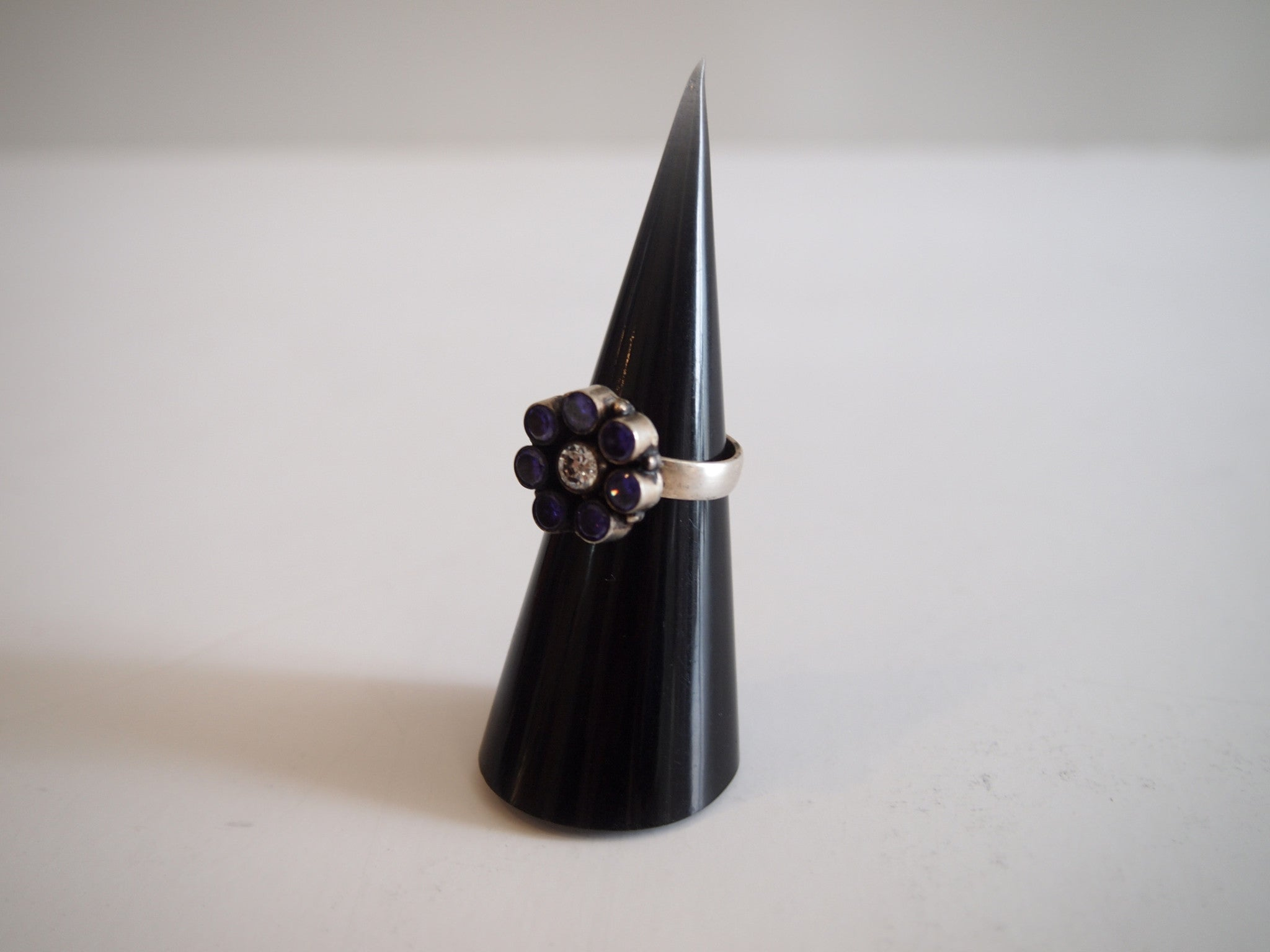 Handmade ring with purple quartz flower