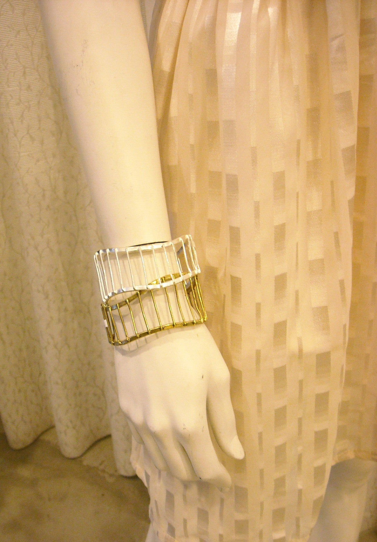 HANDMADE CAROUSEL  BRASS BANGLE