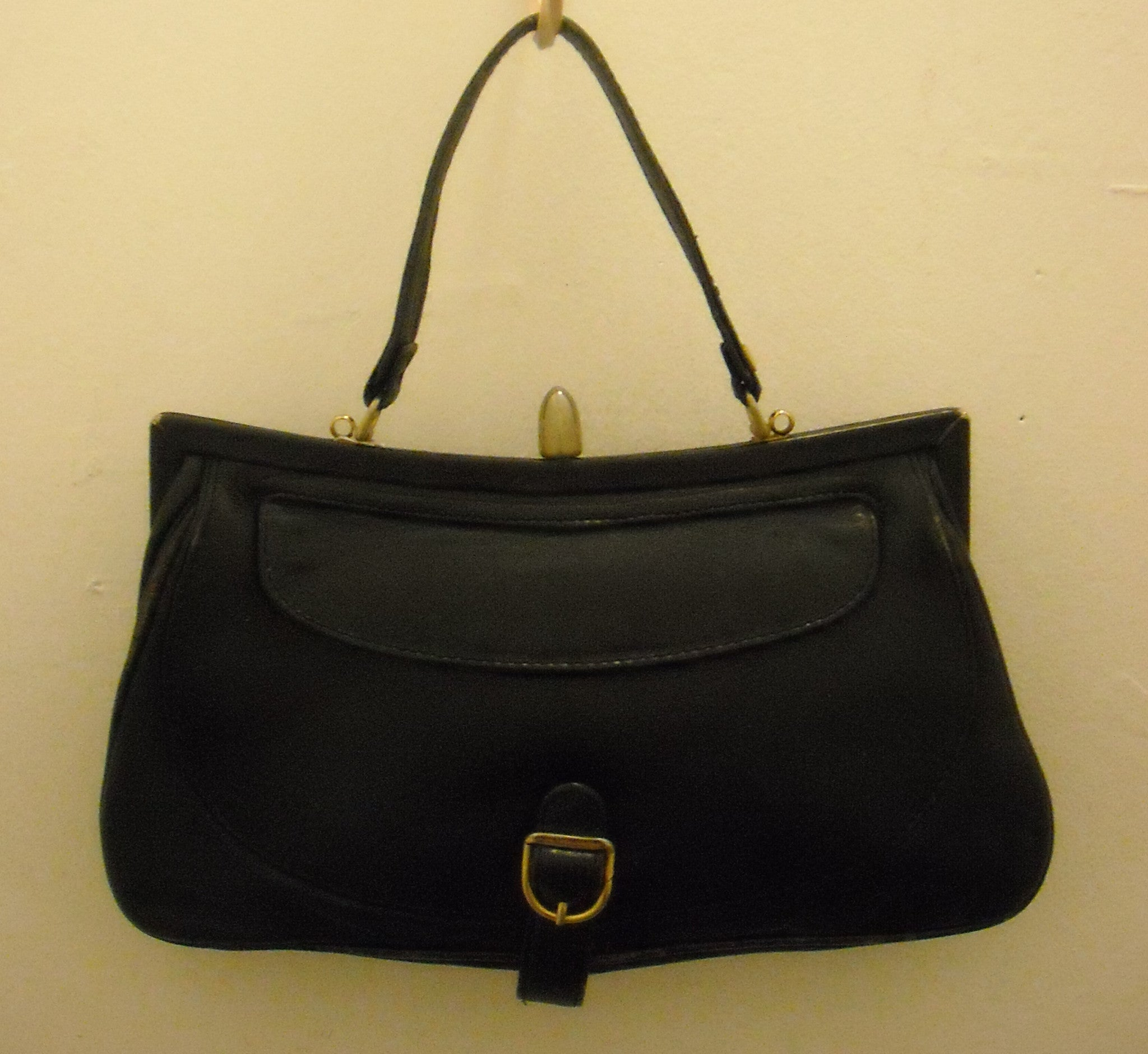 Classic in Navy Vintage Handheld Bag