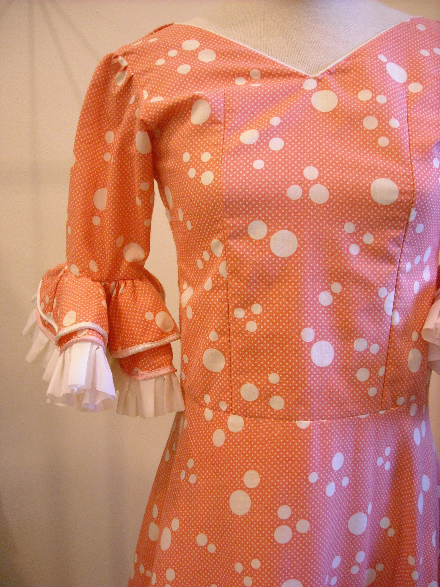 Bubbling Over with Fun Vintage Dress