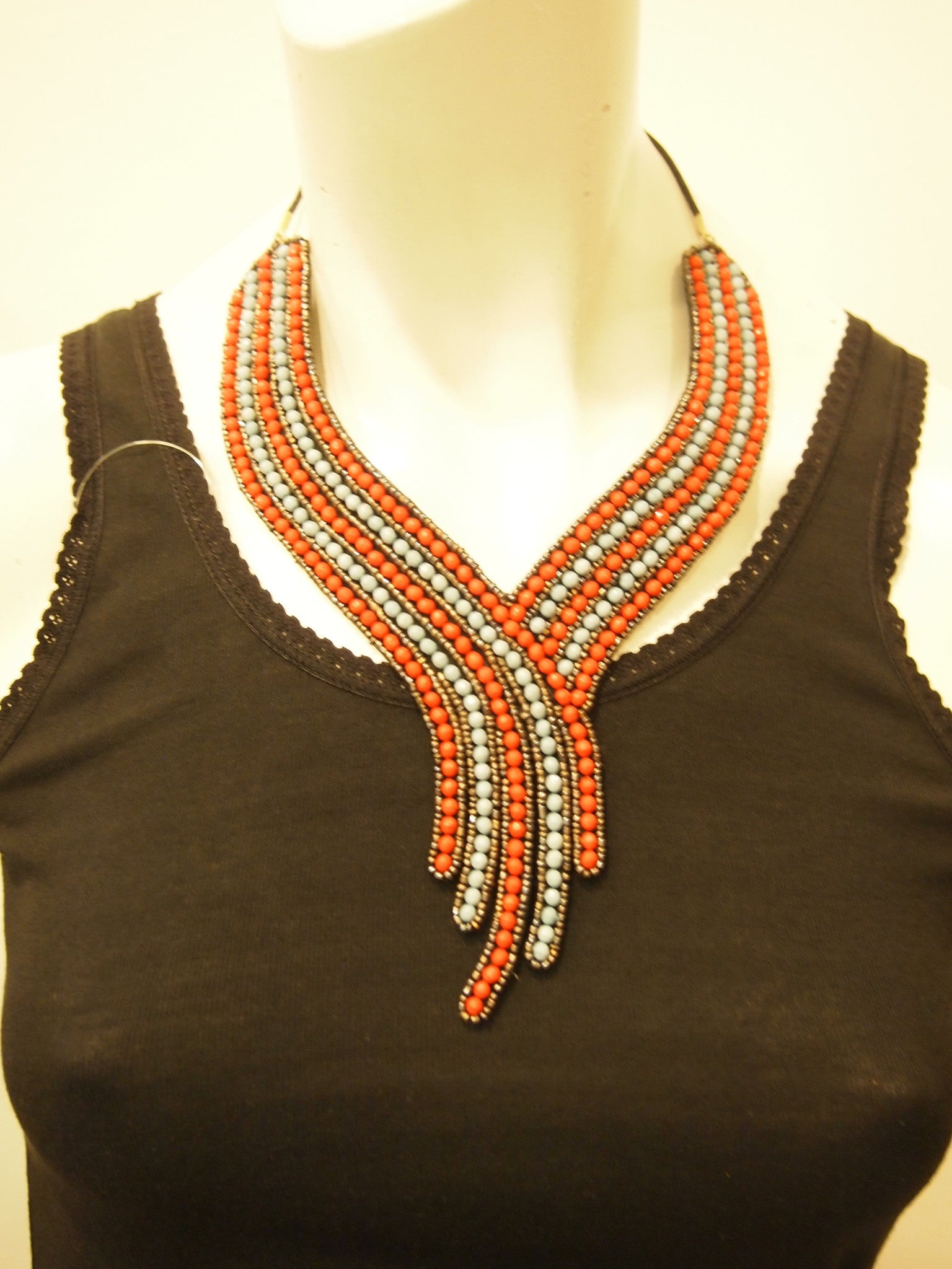 Handbeaded Necklace Red Stream