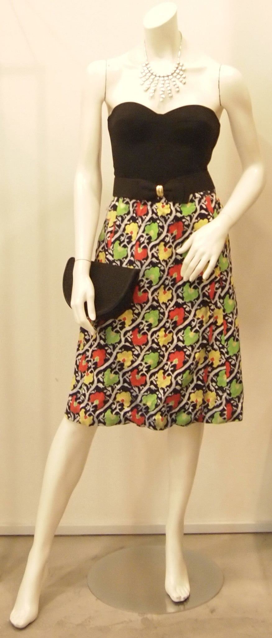 FUN SMOCKINGS VINTAGE 60S SKIRT