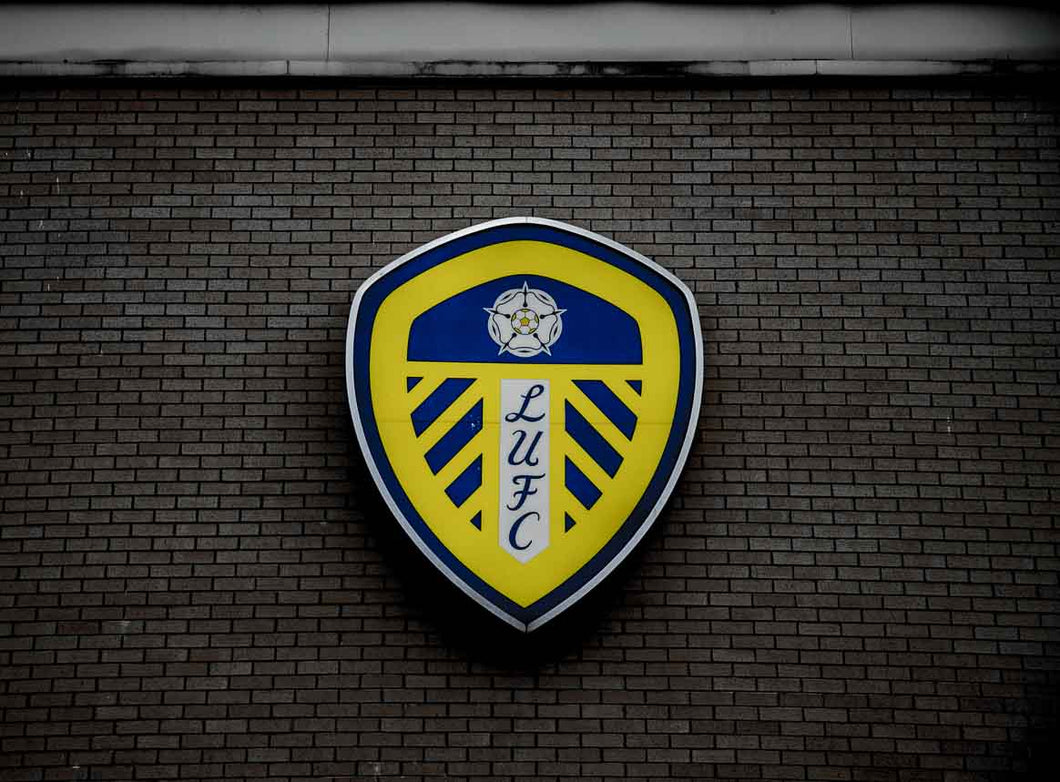Leeds Badge on Grey Background print