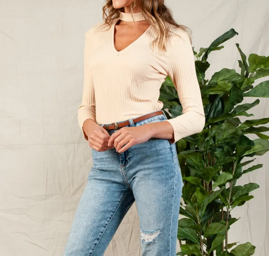 Vera Ribbed Mock Cut Out Top