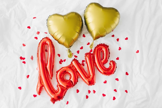 'Love' and Gold Hearts Balloons