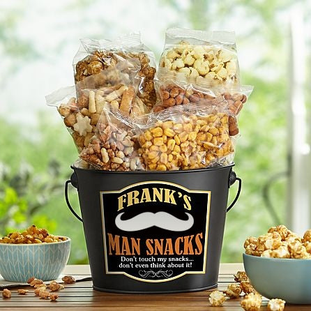 Personalized Nuts & Crackers Gift Hamper - Dubai