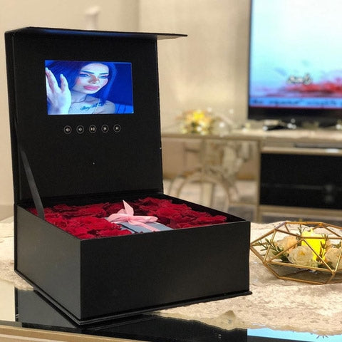 Personalized Roses with Video UAE