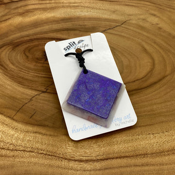 split-design-coffs-harbour-jewellery-art-purple-square-resin-pendant-necklace-sq-pur001