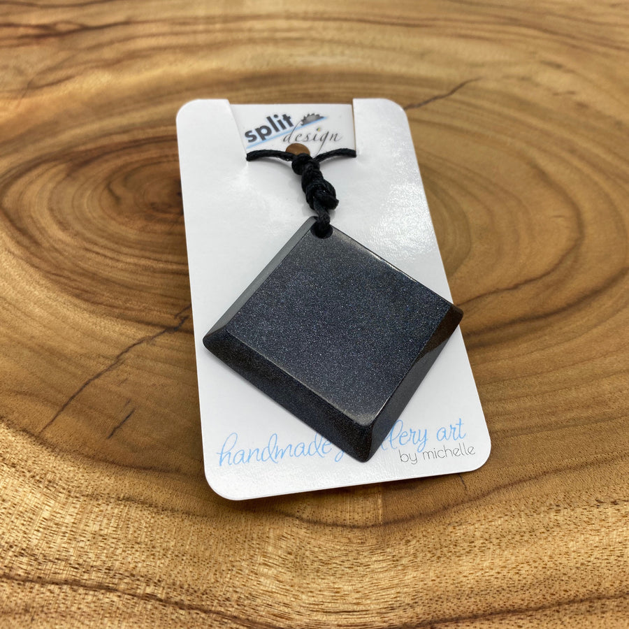 split-design-coffs-harbour-jewellery-art-black-square-resin-pendant-necklace-sq-bla001