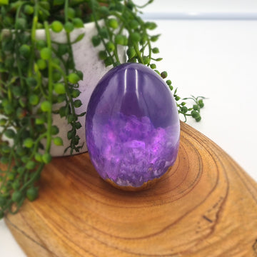 Purple Burl Egg (Glow in the Dark)
