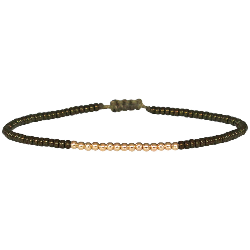 PETITE BRACELET IN SHINY OLIVE BEADS AND 14K GOLD FILLED DETAILS