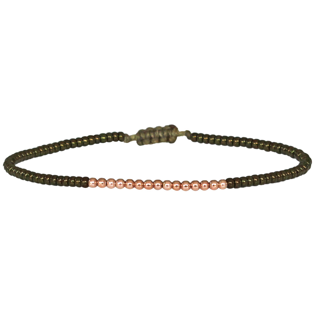 PETITE BRACELET IN SHINY OLIVE BEADS AND 14K ROSE GOLD FILLED DETAILS