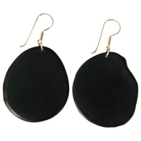 VEGETABLE IVORY EARRINGS IN BLACK