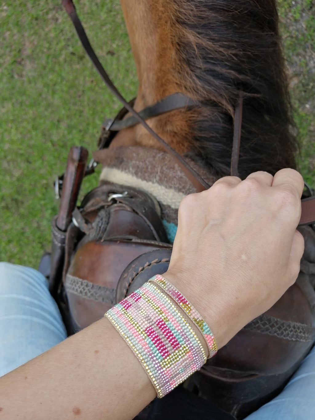 SUMMER BRACELET IN PINK & GOLD TONES
