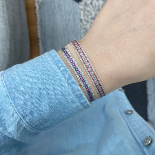 BASIC HANDWOVEN BRACELET IN BLUE, LILAC & SILVER TONES