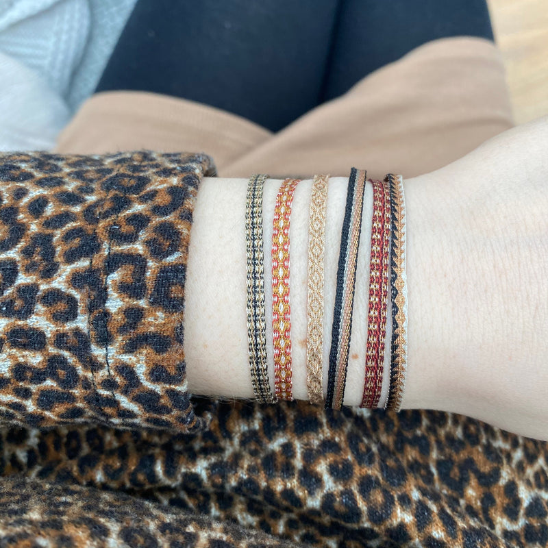 BASIC HANDWOVEN BRACELET IN TERRACOTTA TONES & COPPER