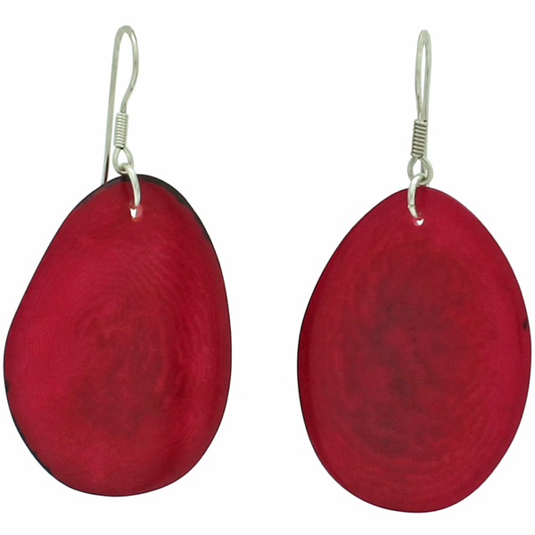 VEGETABLE IVORY EARRINS IN FUCSIA