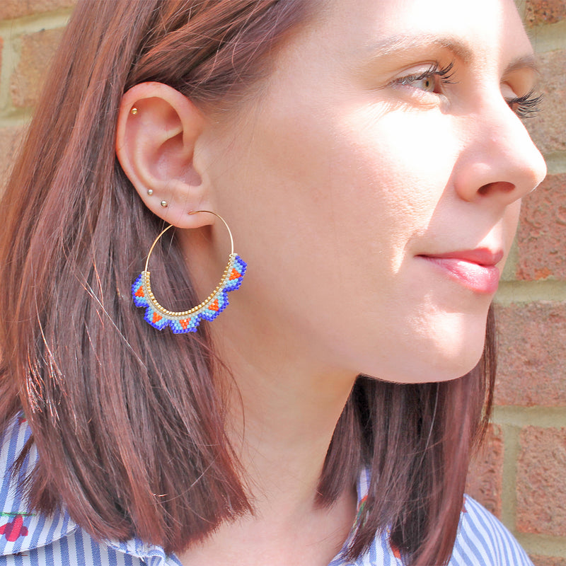 HOOP EARRINGS IN BRIGHT COLORS