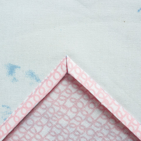 sew a mitered corner on a napkin