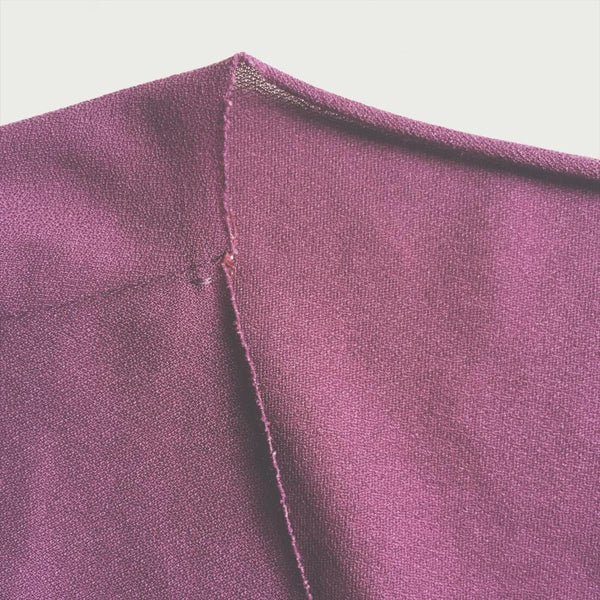using raw edges with knit hems - raw edge knit fabric neck line