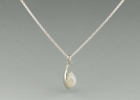 small drop with gem necklace