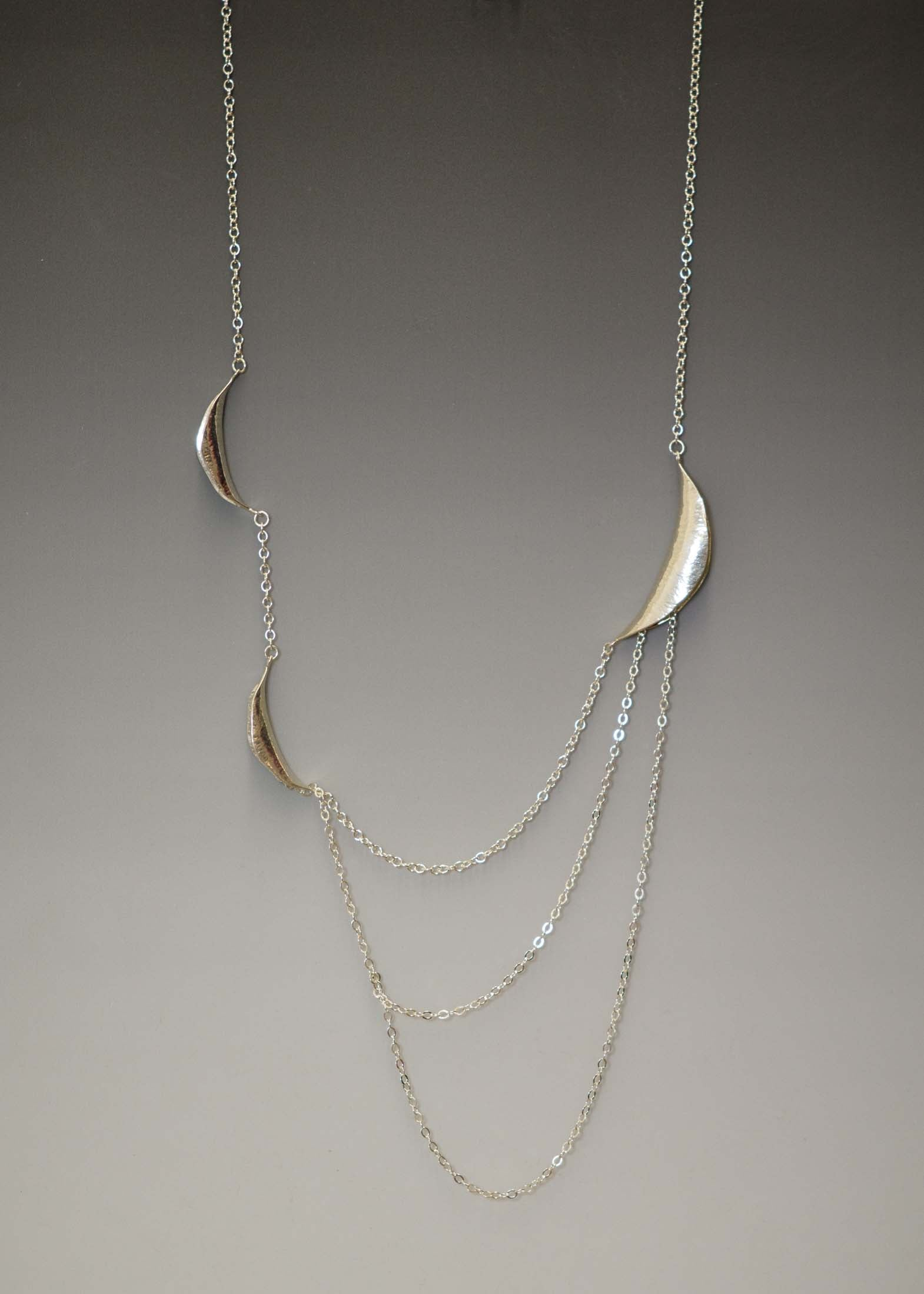 Long curve drape silver necklace