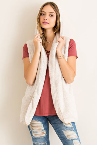 Misty Hooded Pocket Vest