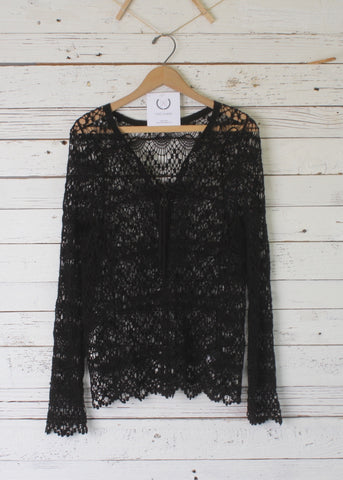 Lotta Lace Top