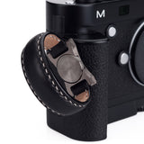 Arte di Mano Half Case for Leica M/M-P (Typ 240) for Multifunction Handgrip with Fingerloop Cutout - Minerva Black with White Stitching