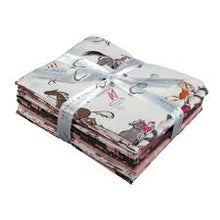 Load image into Gallery viewer, Camelot Fabrics- Best In Show Fat Quarter Bundle